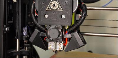 Dual Extruding 3D Printer